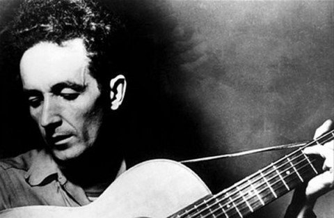Woody Guthrie – Il padre della musica folk