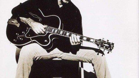 J.J. Cale / Storia di una chitarra leggendaria ma di successo riflesso