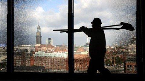 Cresce l'occupazione stabile, in 9 mesi 371.347 contratti fissi in più