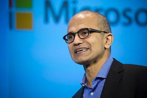 """Microsoft, ad Nadella: """"Giovani italiani sognate in grande"""""""