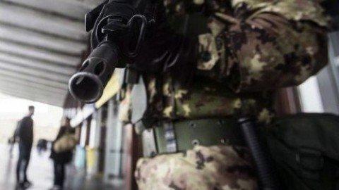 Roma, aggrediscono militari inneggiando ad Allah