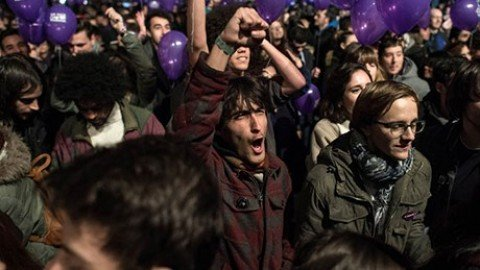 """Spagna, Psoe e Podemos: """"Nessun appoggio a un governo Rajoy"""""""