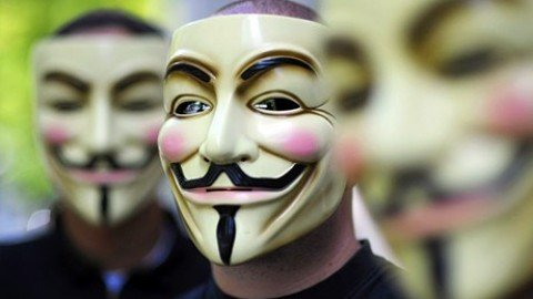 "Attacco hacker di Anonymous al sito del Family Day: ""Stop Omophobia"""