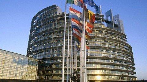 """Ue: """"Debito pubblico Italia molto alto, rischi elevati nel medio termine"""""""