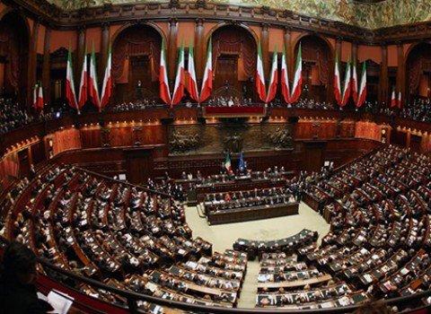 """Riforme Costituzionali, via libera dal Senato. Renzi: """"Giornata storica"""""""