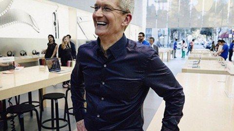 Apple apre in Italia il primo centro di sviluppo di app, sarà a Napoli