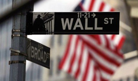 Borsa: tonfo Asia pesa sull'Europa e affossa Wall Street,peggior apertura dal 1932