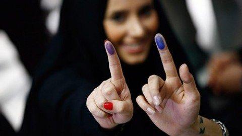 Iran, ai riformisti tutti i seggi di Teheran. Premiata la linea Rouhani