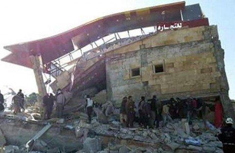Raidcontro scuole e ospedali in Siria: 50 morti, anche bambini
