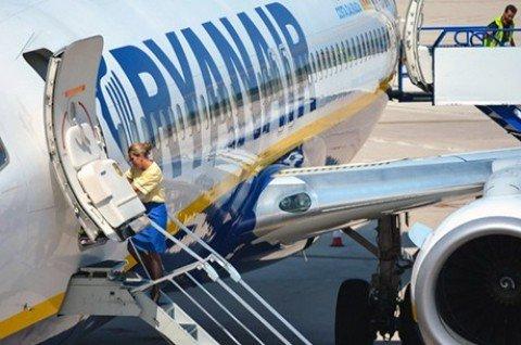 Ryanair, per 'caro tariffe' chiude aeroporti e rotte in Italia