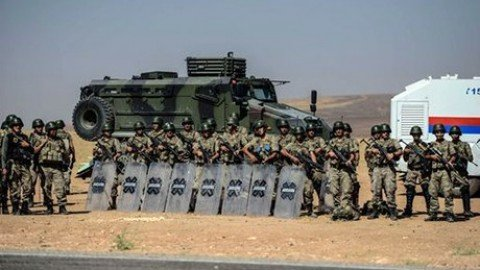 Turchia: pronti a operazione di terra in Siria con Riad