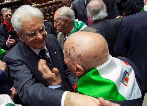 """25 aprile, Mattarella: """"E' sempre tempo di Resistenza"""""""