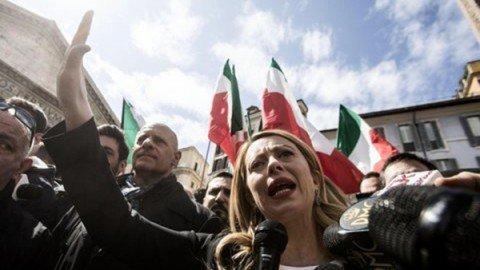"""Roma, Meloni: """"Se eletta sindaco intitolerò strada a Almirante"""""""