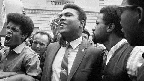 """Obama ricorda Ali: """"Grazie a lui il mondo è migliore"""""""