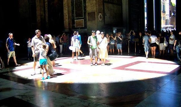 Pantheon solstizio estivo