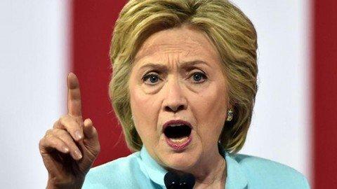 """Mail rubate, manager di Hillary accusa Putin: """"Messaggi pubblicati per favorire Trump"""""""