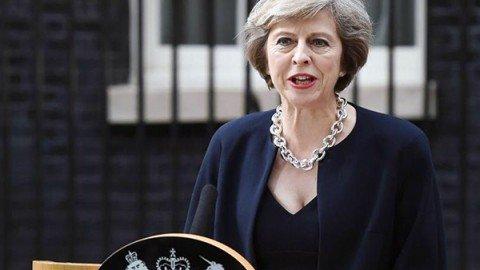 """La neo premier May: """"Regno Unito più audace e positivo fuori dall'Ue"""". Boris Johnson è ministro degli Esteri"""