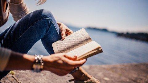 Lettura: come sviluppare empatia sotto l'ombrellone