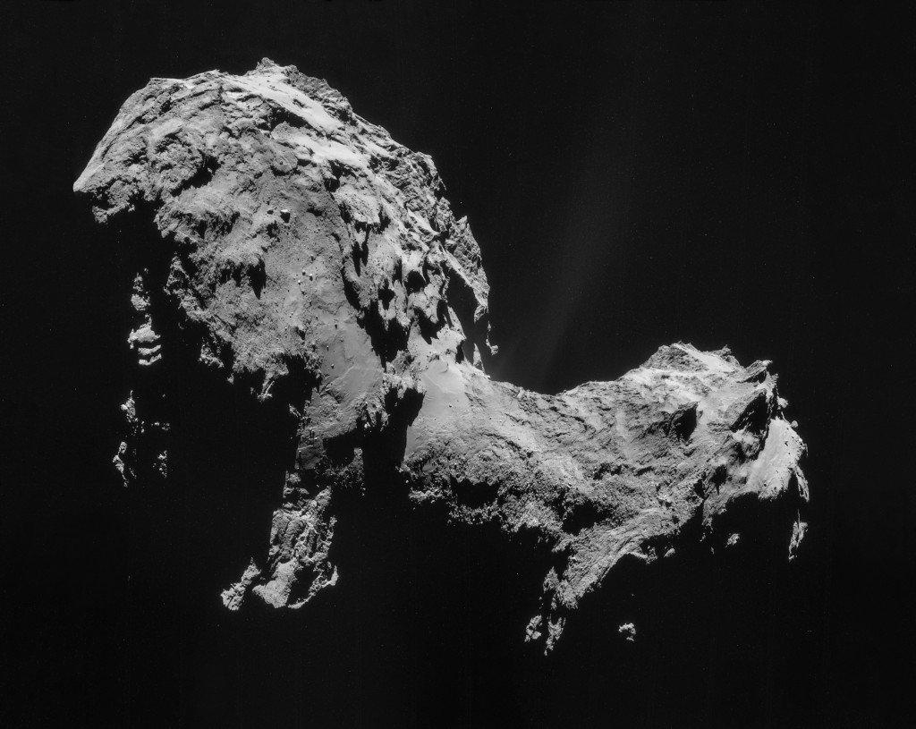 ESA/Rosetta/NAVCAM, CC BY-SA IGO 3.0 [CC BY-SA 3.0-igo (http://creativecommons.org/licenses/by-sa/3.0-igo)], via Wikimedia Commons