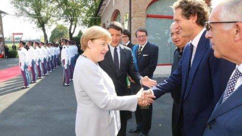 """Bilaterale italo-tedesco a Maranello. Renzi: """"Il mondo corre, l'UE deve fare altrettanto"""""""