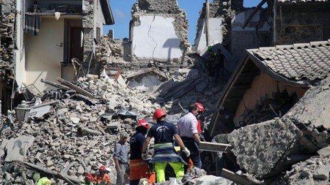 Terremoto devasta il Centro Italia: almeno 120 morti