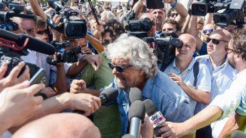 """Grillo e la svolta del M5S: """"Sono tornato, farò il capo politico a tempo pieno"""""""