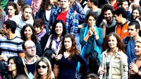 Sono 40 mila i giovani che hanno lasciato l'Italia nel 2015