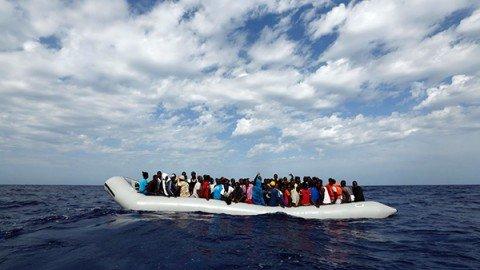 Oltre 6mila migranti salvati in mare in poche ore. Nove sono morti durante la traversata