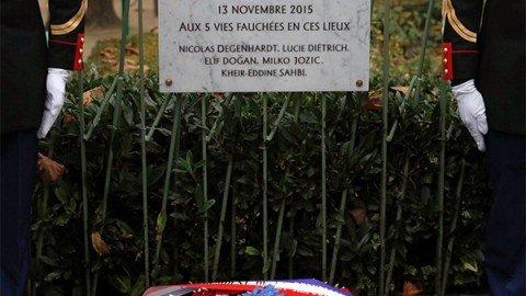 Parigi un anno dopo, la Francia si ferma per ricordare le stragi del 13 novembre 2015