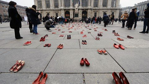 Violenza sulle donne, Boldrini: basta insulti in rete