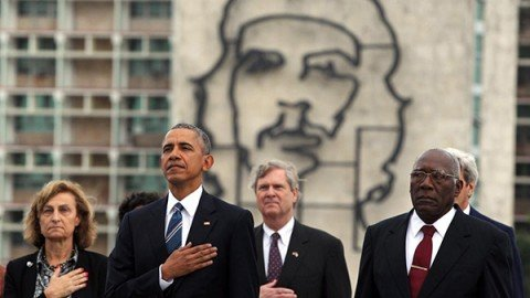 Obama non andrà ai funerali di Fidel Castro