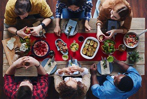Social Eating: l'home restaurant può essere considerata un'attività concorrente? Nella sharing economy no