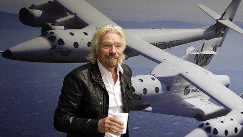 """Turisti a bordo di un razzo. Lo """"spazioporto"""" sarà in Italia"""