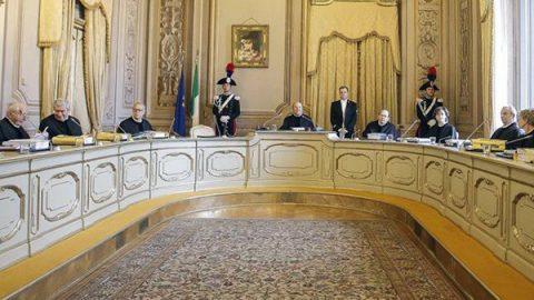 Italicum, la Corte Costituzionale boccia il ballottaggio e le pluricandidature