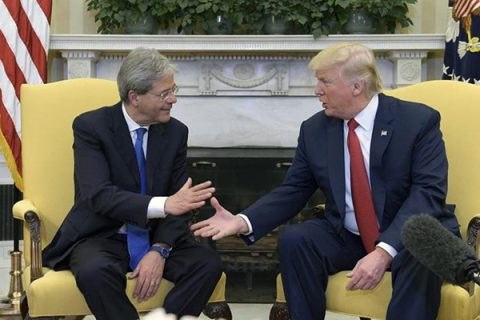 """Gentiloni alla Casa Bianca: """"Uniti con Trump contro il terrorismo"""""""