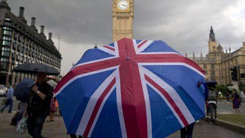 Diritti dei cittadini e conto da pagare per l'uscita: ecco il piano di Bruxelles per la Brexit