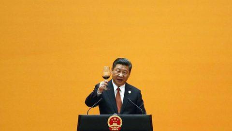 """La Cina cerca la nuova """"Via della Seta"""" per riaprire le tratte commerciali del passato"""