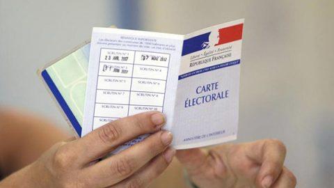 Macron stravince in Francia, ha la maggioranza assoluta in Parlamento