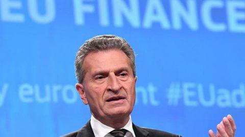 """Effetto Brexit sul bilancio Ue, Oettinger: """"Buco di 10-11 miliardi all'anno"""""""