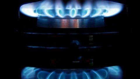 Il gas supera il petrolio, è la prima fonte di energia in Italia