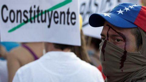 Venezuela nel sangue, uccisi candidato all'Assemblea costituente e leader dell'opposizione