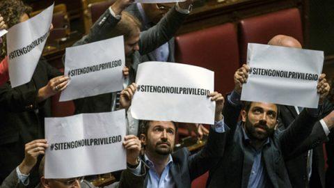 La Camera approva l'abolizione dei vitalizi, ora la proposta di legge va al Senato