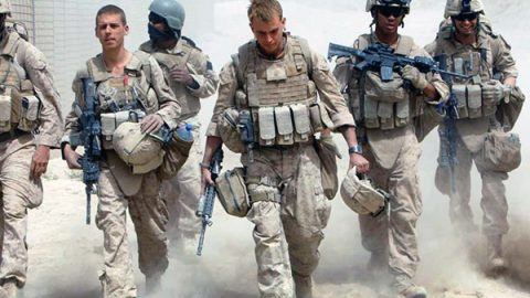 Più soldati, ampie deleghe ai generali e rafforzamento delle attività antiterrorismo: ecco la dottrina Trump per l'Afghanistan