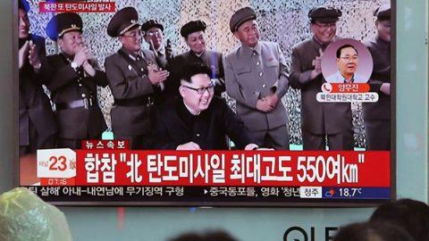 """La Corea del Nord minaccia gli Usa: """"Il missile è il preludio a Guam"""". E l'Onu condanna Pyongyang"""