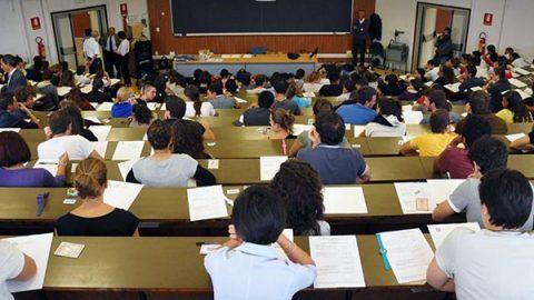 I professori non mollano, niente esami a settembre: sciopero in 79 università