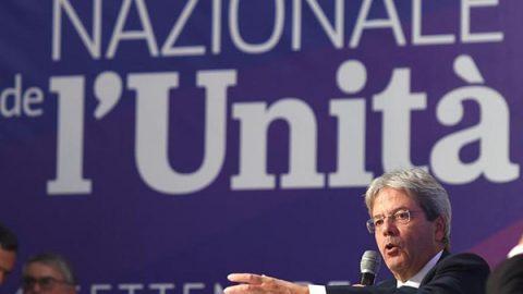 Il premier fa il primo discorso da leader e conquista il popolo della Festa de l'Unità