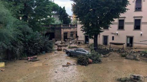 Nubifragio a Livorno, vittime e dispersi. Nonno muore per salvare i nipotini