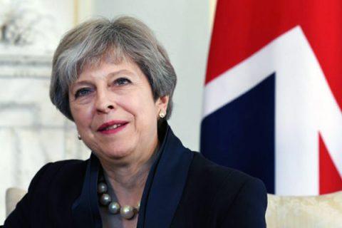 """Theresa May sulla Brexit: """"Lasciamo l'Unione ma non l'Europa, saremo creativi ed immaginativi"""""""