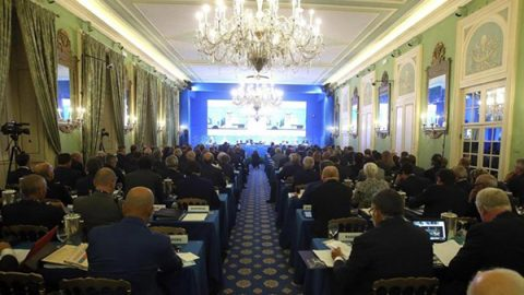 Via al Forum di Cernobbio, gli economisti scommettono sulla durata della ripresa