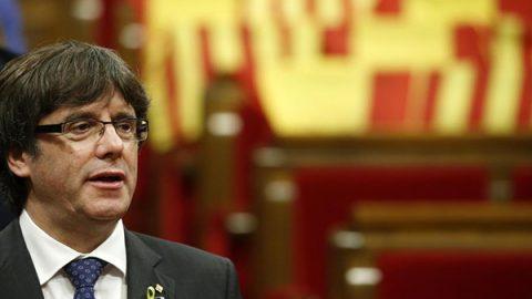La Catalogna vota sì all'indipendenza, il Senato di Madrid approva l'applicazione del 155